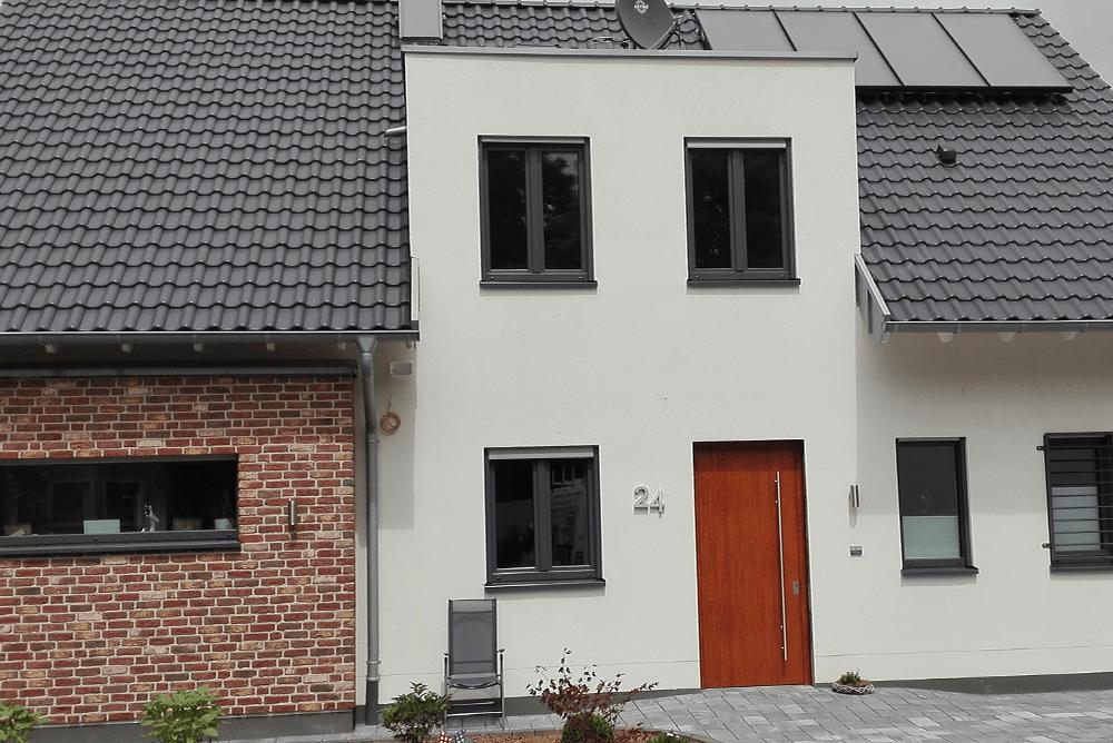 Gymnich_Fenster1_100x668